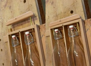 The Retractable Handle: on the left in the deployed position; on the right the stowed position.